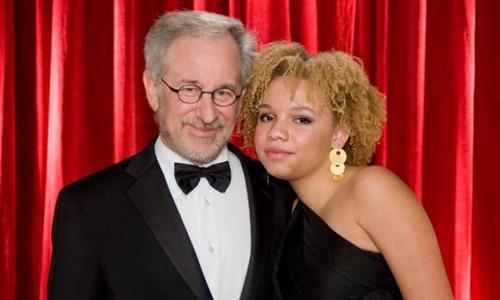 Con gái Steven Spielberg bị bắt vì ẩu đả với bạn trai