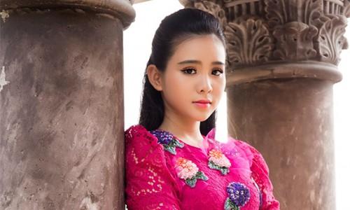 Quỳnh Trang cùng Khưu Huy Vũ, Thiên Quang, Lưu Chí Vỹ ra mắt MV bolero có đến 30 ca khúc