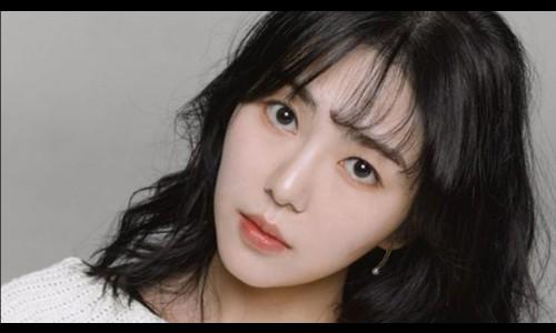 Sự bế tắc của nữ ca sĩ Hàn bị bắt nạt suốt 11 năm