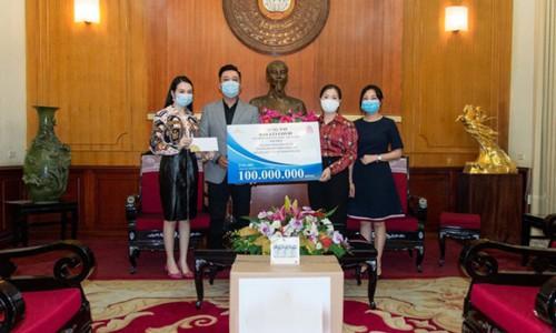 Ngọc Sơn, Tuấn Hưng ủng hộ 100 triệu đồng chống dịch