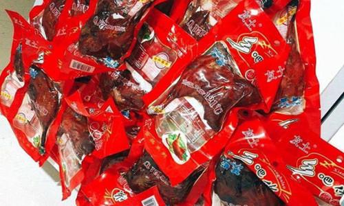 Đùi gà Trung Quốc để 1 năm không hỏng, giá từ 15.000 đồng/cái