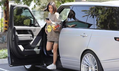 Kim Kardashian được khen khi bất ngờ xuống tóc