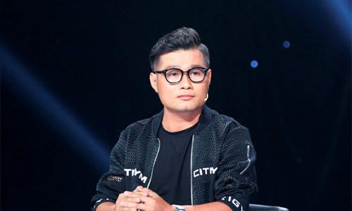"""Phan Nguyễn Minh Quân: Vượt qua nỗi đau mắc chứng """"mù màu"""" vươn đến thành công trong thế giới thời trang đa sắc màu"""