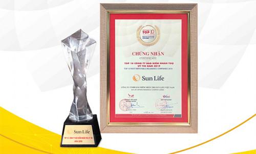 Sun Life Việt Nam được vinh danh Top 10 công ty bảo hiểm uy tín nhất năm 2019