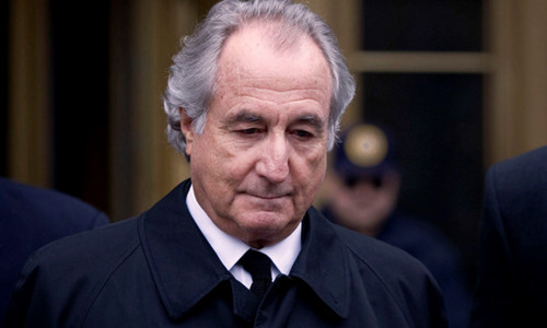 Lĩnh án tù 150 năm, siêu lừa Madoff xin Tổng thống Trump khoan hồng