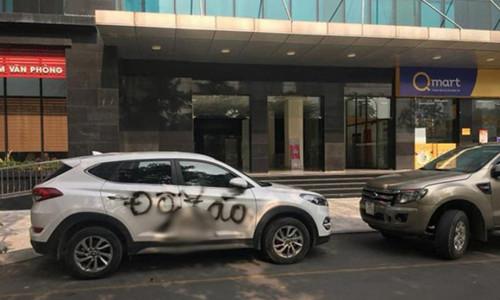 Ôtô bị phun sơn 'cảnh cáo' vì đỗ sai, sơn lại vẫn đỗ vị trí cũ