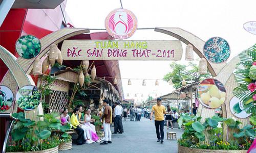 Hàng loạt đặc sản nổi tiếng Đồng Tháp lần đầu giới thiệu tại Big C An Lạc