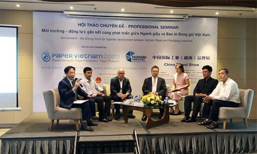 """Hơn 100 đại biểu và khách mời tham dự Hội thảo chuyên đề """"Môi trường - động lực gắn kết cùng phát triển giữa Ngành Giấy và Bao Bì Đóng gói Việt Nam"""""""
