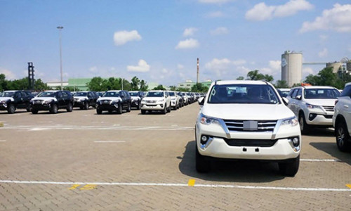 """Lượng xe nhập tháng 7 bằng nửa năm, xe Thái, Indonesia """"nuốt trọn"""" chợ xe nhập Việt"""